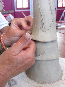 Chez Rosalie centre artistique Aubignan modelage terre atelier cours