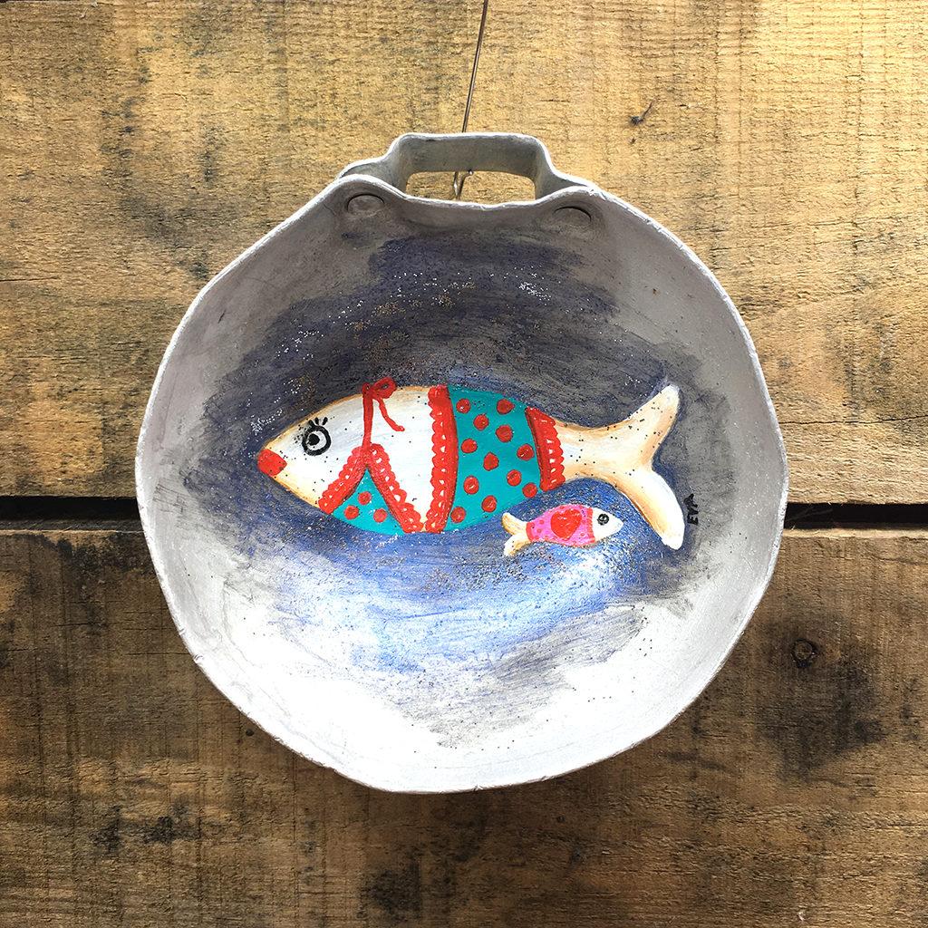 Sardines plat alu Eva Garçon artiste plasticienne chez Eva Célia & Rosalie Aubignan centre artistique et saveurs Vaucluse art bien-être